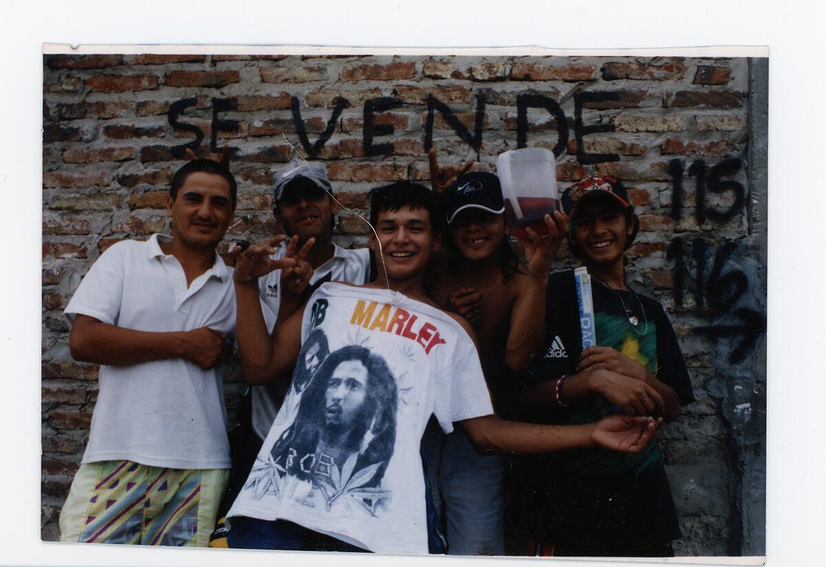 Vecinos de la manzana 22, sobre la calle Albariños